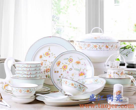 陶瓷餐具和保温杯的日常维护和保养