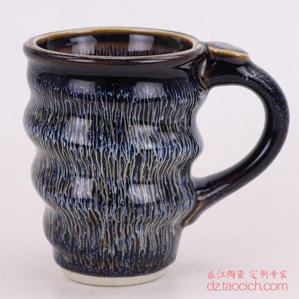 上图:盛江陶瓷定制景德镇陶瓷大学演讲用的颜色釉兰花釉螺旋马克杯子正面图 购买请点击图片