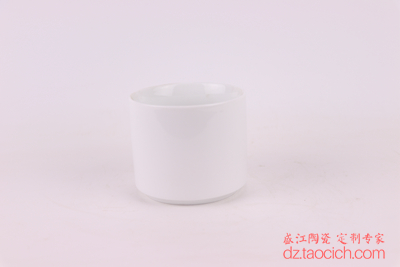 高白泥陶瓷纯白陶瓷单杯