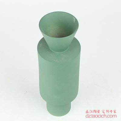 颜色釉磨砂釉绿色异形花瓶